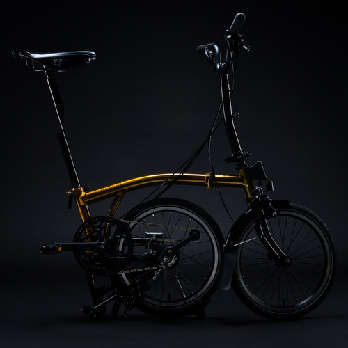 Brompton-Gold-Bike-on-Black---171018-2.jpg